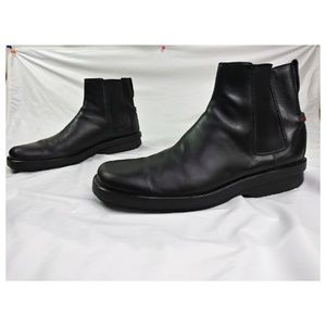 Gucci Black Leather Chelsea Square Toe Ankle Boots